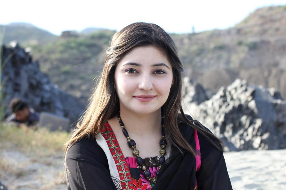 Gul-Panra-new picturs,photo wallpeper,pashton Girls,Picture,pashton girls hot Picture,Actress Pictures,Girls pictures