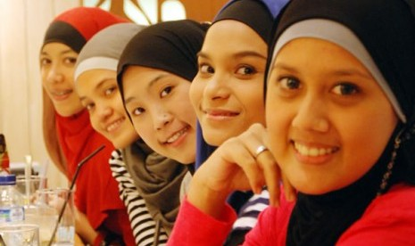 Jilbab banyak