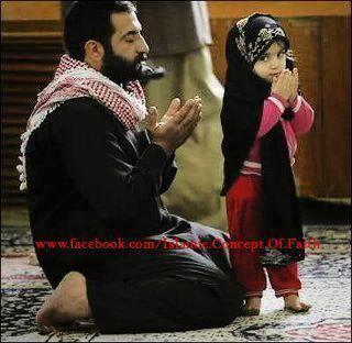 Anak dan ayah berdoa