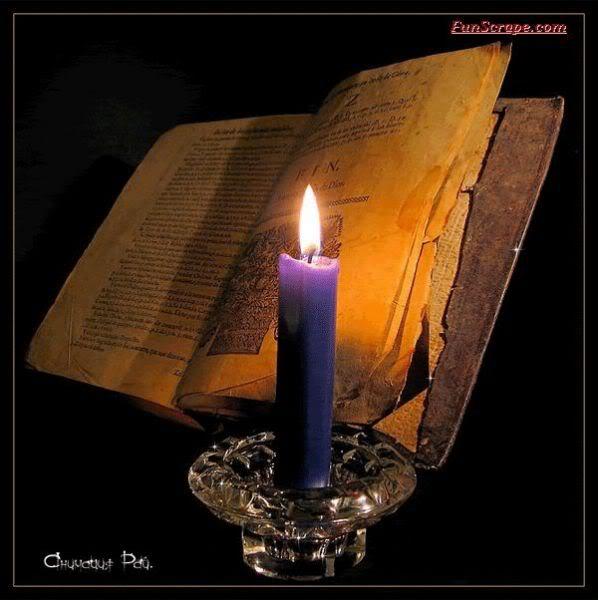 Buku dan lilin