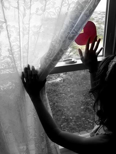Hati di jendela