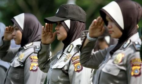 polisi-wanita-polwan