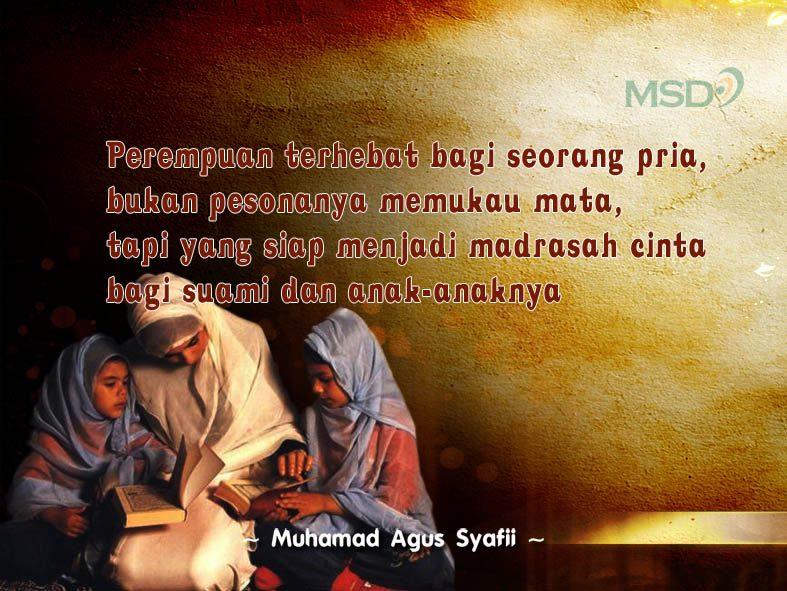 Wanita madrasah anak & suami